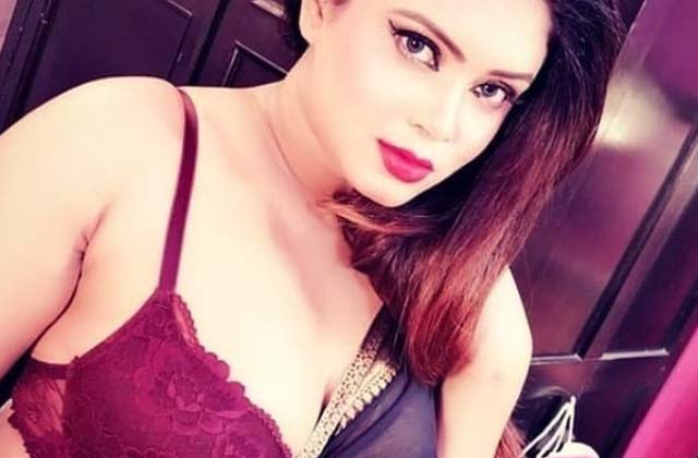 Female Escorts in Karolbagh